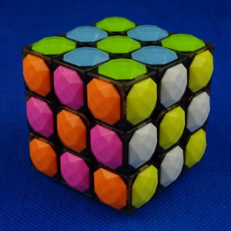 YJ Heart tiled 3x3x3 transparent