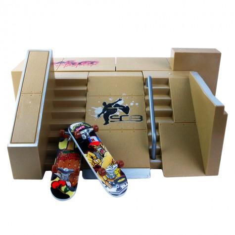 Fingerboard + Mini Skatepark
